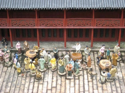 Attention to ' people ' detail, in the Splendid China Yu Yuan replica, of Shenzhen.
